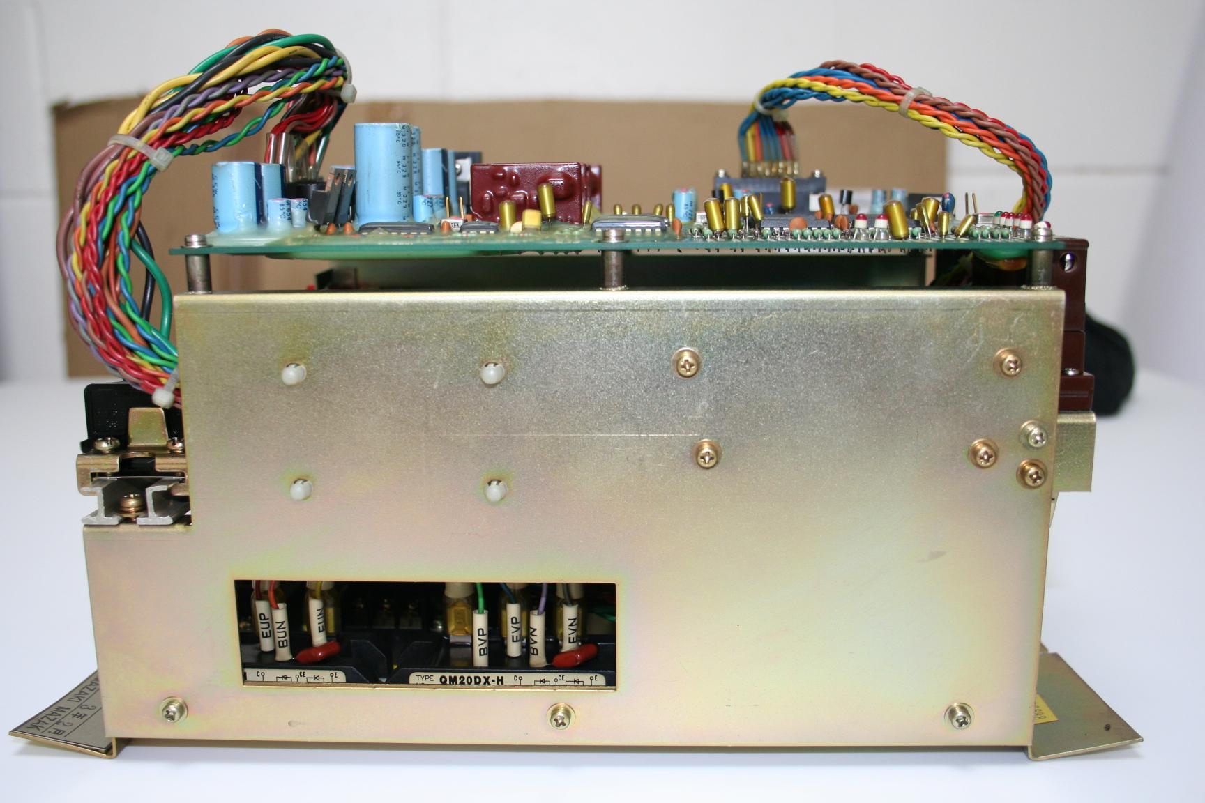 Mazak Axis drive MV4-200W