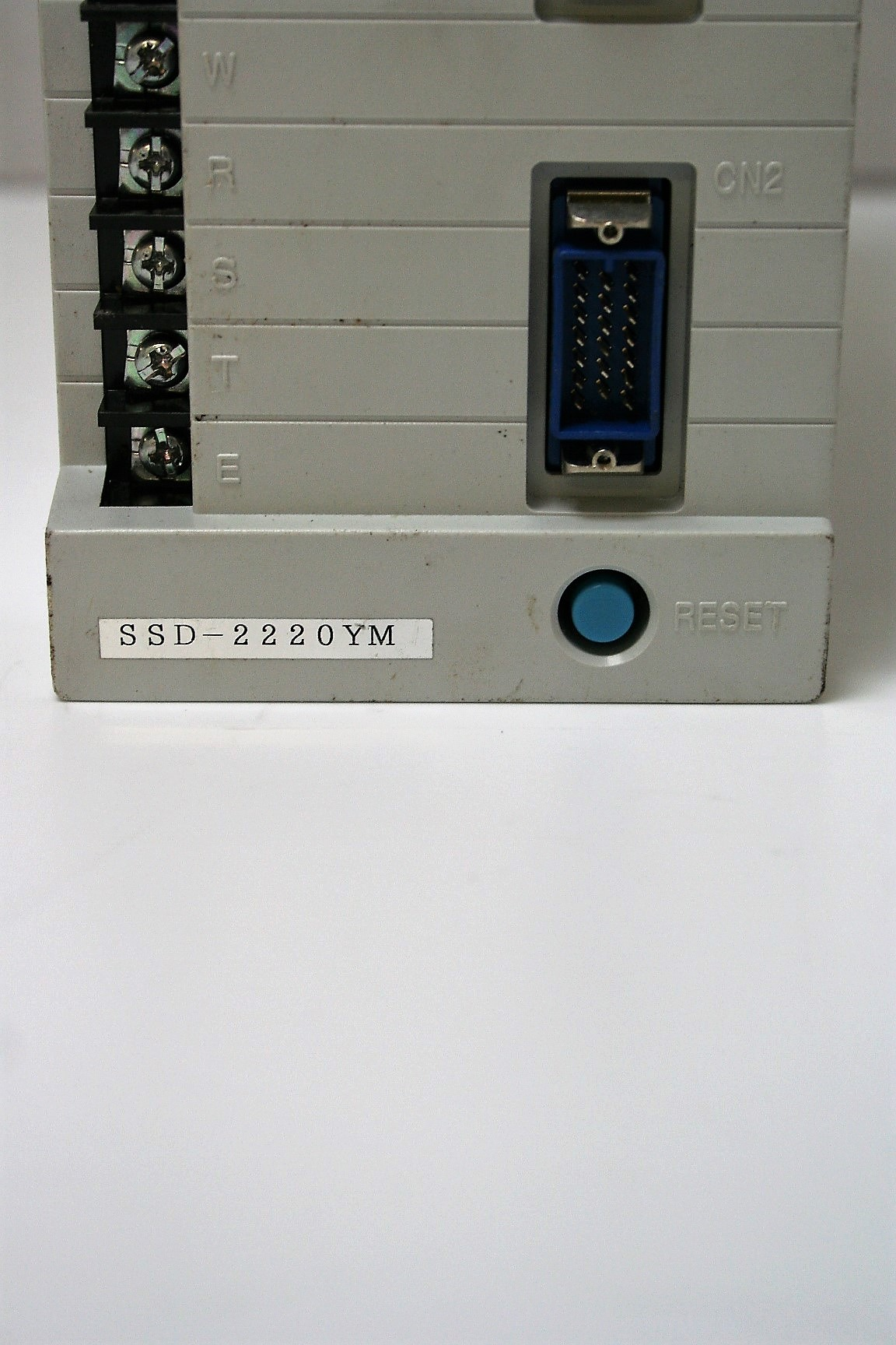 Shinko SSD-2220YM AC Servo Drive