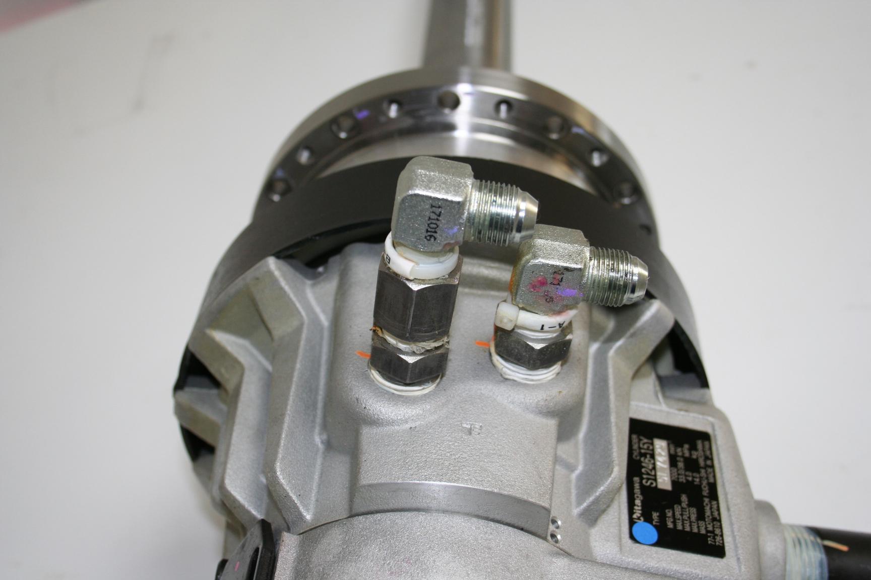 S1246-15Y g