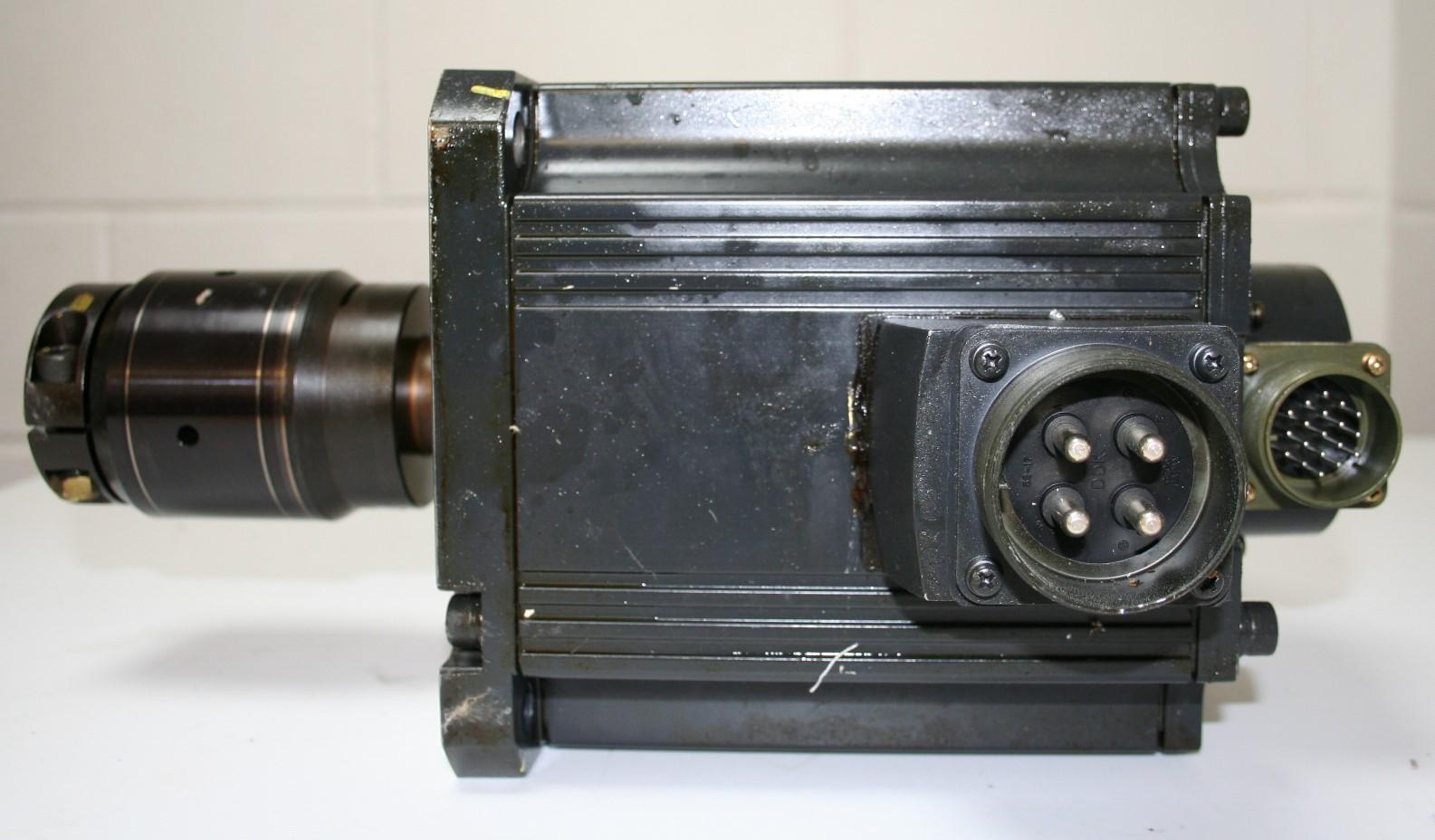 Mazak Mitsubishi HC453S Servo Motor and Encoder (OSE105S2) i